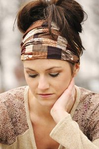 Get ideas on wearing our bandana headbands with elastic at the back. See the picture and video gallery!