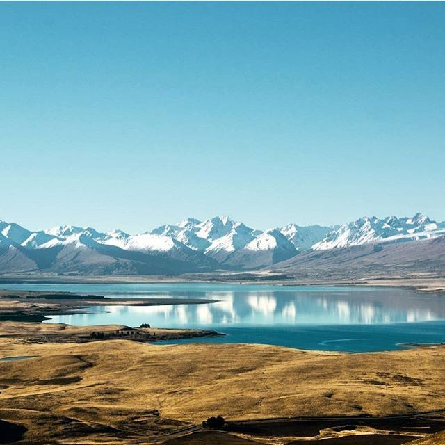 Lake Tekapo, The South Island, New Zealand (by @fallingfornz)
