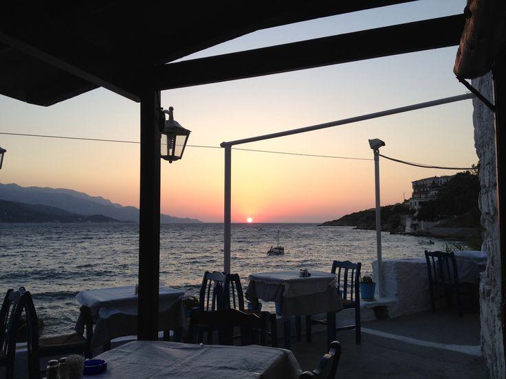 Restaurant Tassos sunset