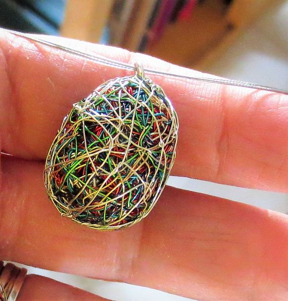 Egg necklace, Easter egg, Easter gift for her, Easter necklace, Easter jewelry, green necklace, wire jewelry, unusual, funny jewelry, hippie  Handmade Easter, egg necklace made of colored copper wire and silver.The height of the easter wire, green necklace, funny hippie jewelry, gift for her, is 2.5cm (0.94in). And the width if the unusual necklace, is 2 cm (0.79in).The easter egg necklace, hanging from steel wire and the clip is silver.