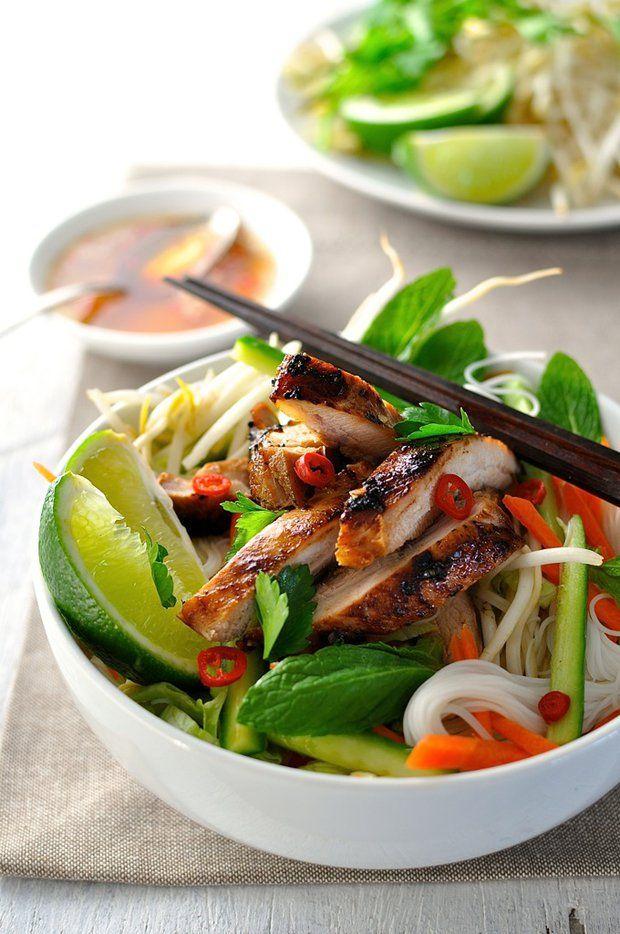 Kuře ve vietnamském stylu s nudlemi 2, Foto: All