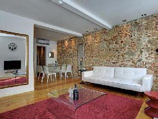 Baixa, Appartement de vacances avec 3 chambres pour 6 personnes. Réservez la location 6309155 avec Abritel. NEUF APPARTEMENT POMBALIN RENOVÉ DANS LA BAIXA LISBONNE