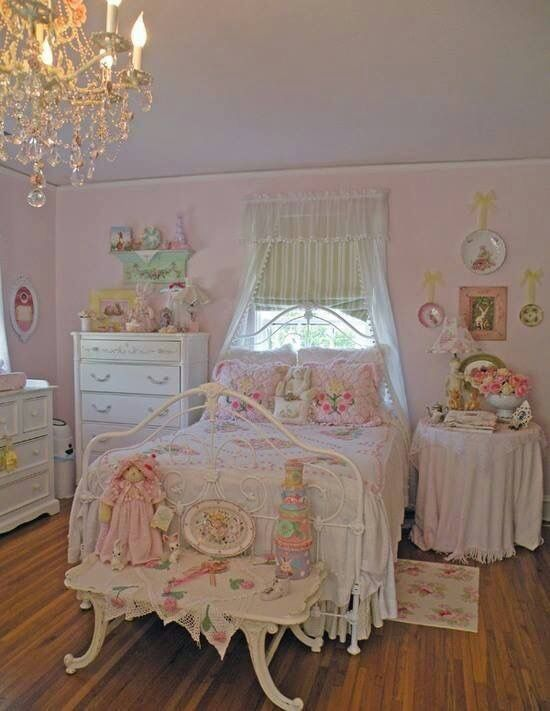Pin By Sharon Ellis On Spare Room In 2018 Pinterest Shabby Chic Bedrooms And
