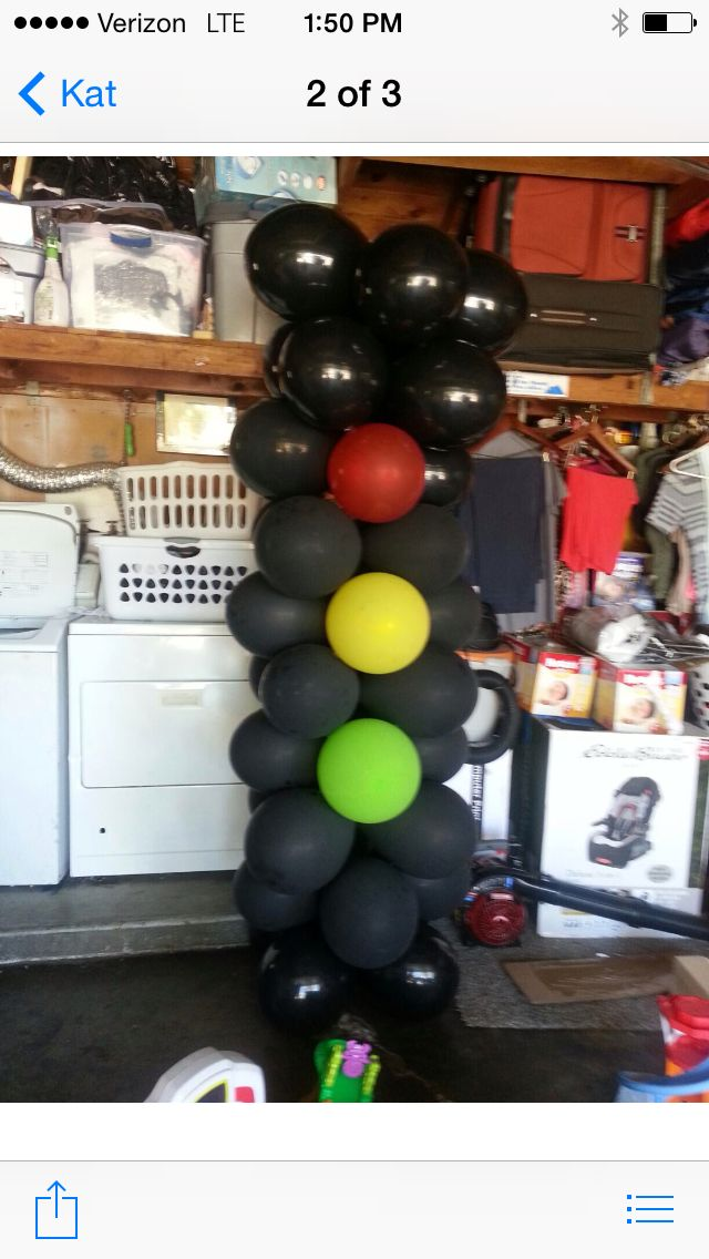 Balloon stoplight #cars#mcqueen