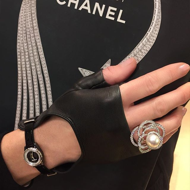 Icon alert: @chanelofficial's J-12-XS watch with leather glove is the perfect combination of classic luxury and modern edginess. Limited to only 150 pieces. Available at our Chanel boutique at @londonjewelers at @americanashops . . . #londonjewelers #chanel #americanamanhasset #love #manhasset #classic #modern #style #luxury #longisland