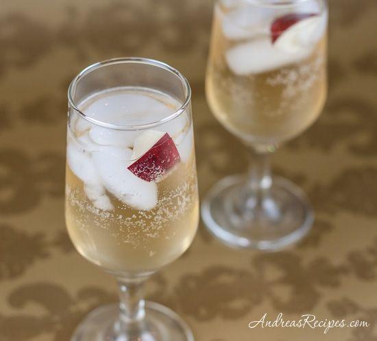 Sparkling Apple Cocktail