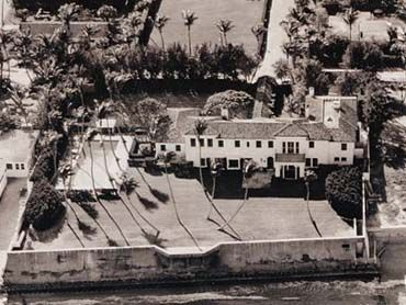 "The Kennedy Compound  1095 N. Ocean Blvd.  Palm Beach, FL 33480  The 11-bedroom home called ""La Guerida"" which means ""bounty of war"", served as the ""Winter White House"" during the John F. Kennedy administration. Originally built in 1923, the house was sold in 1933 to Joseph Kennedy as a family vacation home for $120,000. It was totally renovated in the 1990s and went on the market in 1993 for $7million. It finally sold in 1995 for nearly $5million to New York banker John K. Castle."
