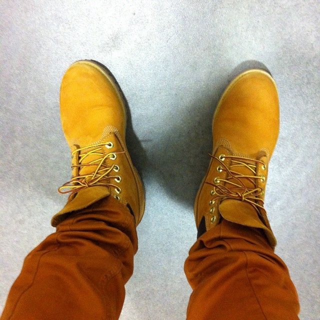 #ootd #Timberland boots Icon jaunes #10061 et chino province lake tapered fit #5655J #Nantes #style #shop #menswear #menshoes #instashoes #instatimbs #timbs #boots #bottes #chino #pant #lookdujour #mode #fashion #homme #Atlantis #classic #icon #heritage