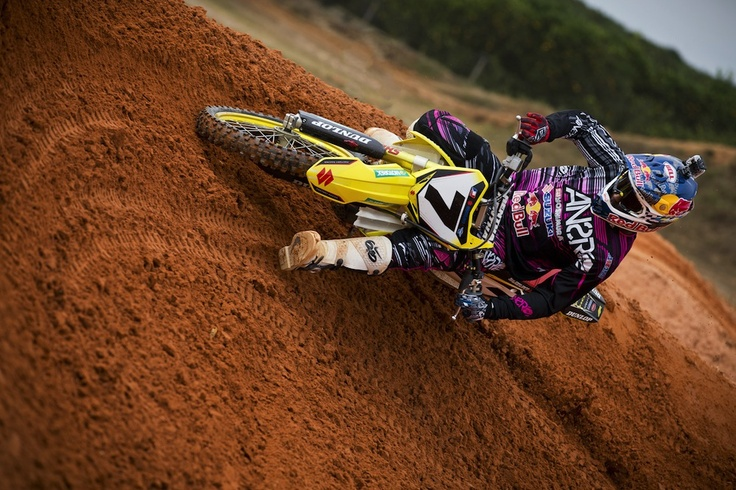 Clutch lever almost dragging the ground and still roosting...  Bubba's cornering clinic.