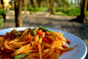 """Som Tum - Green papaya salad - authentic Thai recipe from a mobile side car """"restaurant"""" in the streets of Thailand (source: my personnal food and travel blog / vlog with recipes, authentic video recipes, street food, food and travel documentary, travel info and more. Welcome! :) )"""