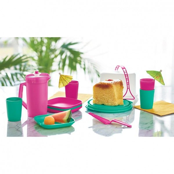 11-Pc. Mini Party® Set:          Big fun for little ones. It's a mini-sized party that's full of life.Includes 8-oz./250 mL Mini Pitcher, four 2-oz./60 mL Mini Tumblers, four plates, Cutter/Server and Mini Cake Taker with domed seal and Cariolier handle.In Fuchsia Kiss and LagunaRecommended for ages three and olderDishwasher safeLimited Lifetime Warranty    Item:10125803000