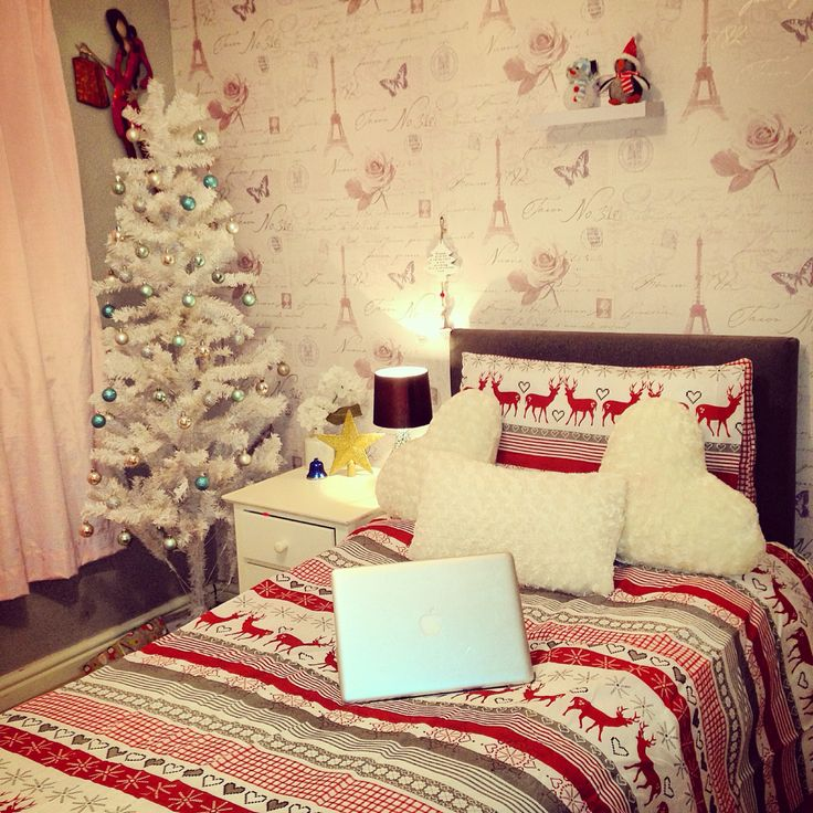 Room Goals I Absolutely Love This Christmas Themed Bedroom For S Completely Tumblr