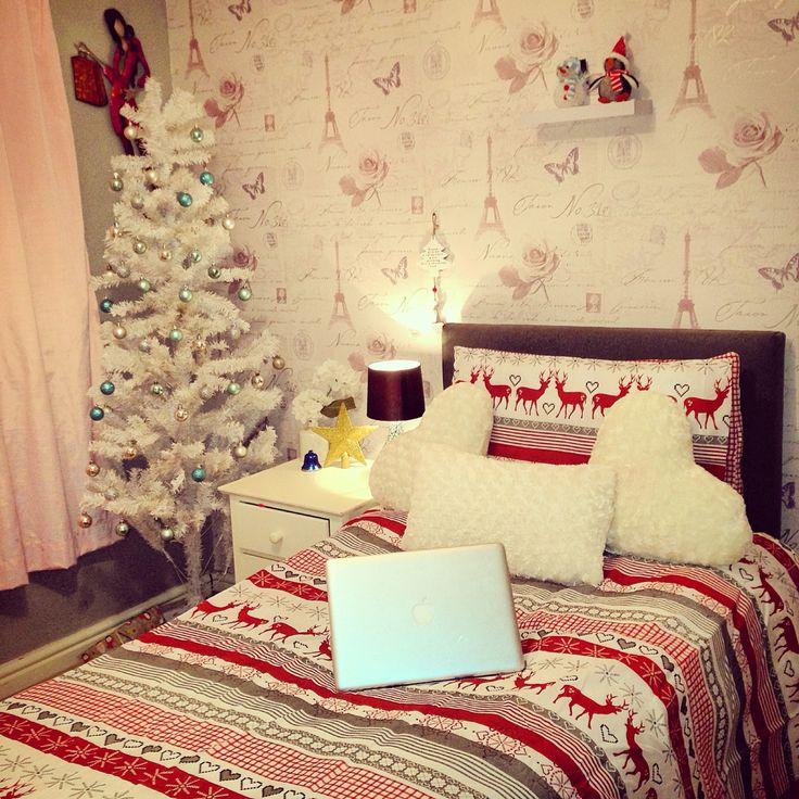 17 best images about bedroom goals on pinterest desks for Small bathroom goals