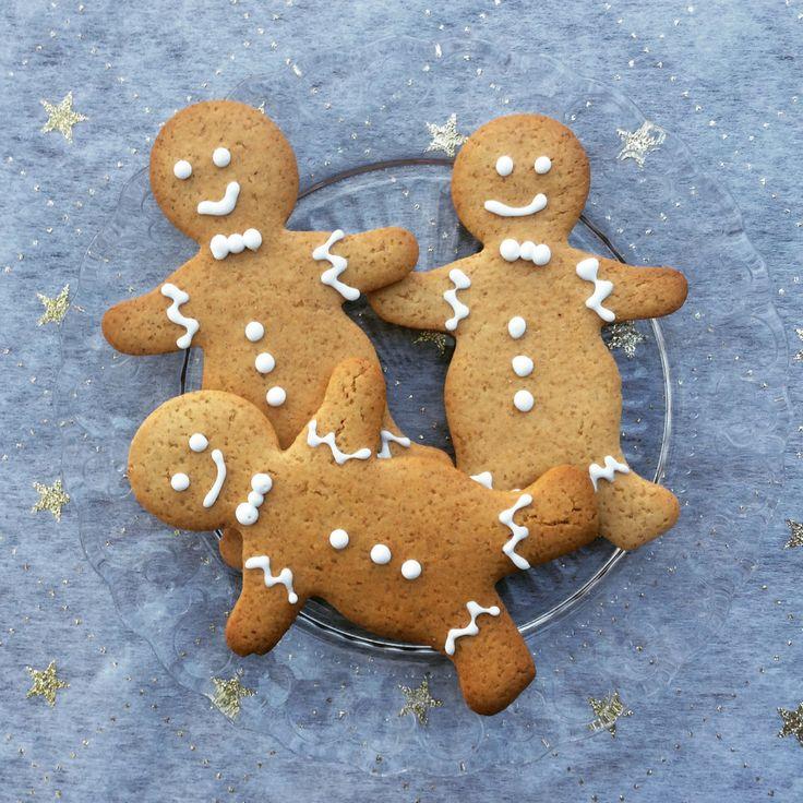 Qui n'aime pas les biscuits qui sentent bons Noël? Et qui n'aime pas les petits biscuits décorés tout joliment pour cette occasion? Bref, puisque j'aime Noël et les détails un peu «&nbs…