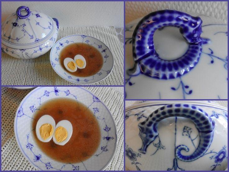 Коричневый куриный суп