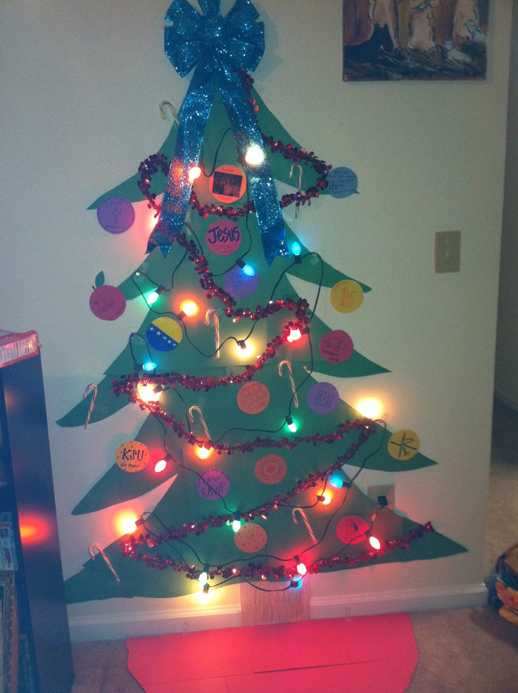 Christmas tree done college style. Got to say I had a good ...