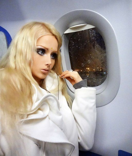 valeria lukyanova a 28 year old girl from odessa the ukraine is the human barbie far cry. Black Bedroom Furniture Sets. Home Design Ideas