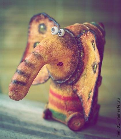 Шлон - слон,грунтованный текстиль,смешной слон,смешной подарок,авторская ручная работа