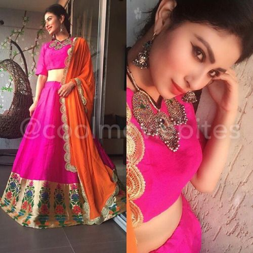 Beautiful Mouni Roy in this gorgeous @payalsinghal !  Jewellery...