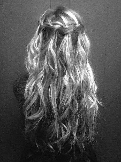 Pretty locks: Hair Ideas, Waterfalls Braids, Hairstyles, Wedding Hair, Waterf Braids, Wavy Hair, Long Hair, Longhair, Hair Style
