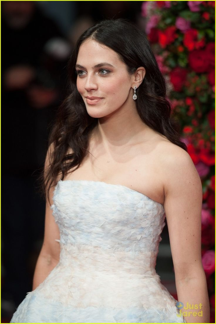 Jessica Brown-Findlay: 'Winter's Tale' Premiere in…