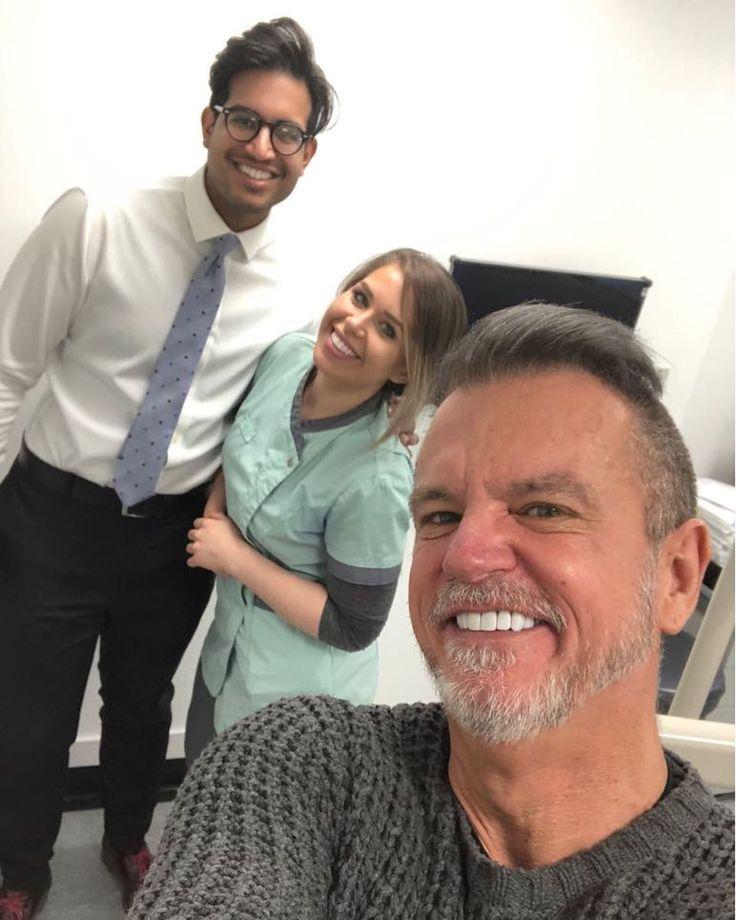 Million Dollar Smile - Miracle Workers over my shoulder @dr.affan.saghir @jadelouiisec #smile #composite #compositebonding #white #whiteteeth #hollywoodsmile #miracle #sunday #sundayselfie #dentist #dental #dentalassistant #dentalphotography #amazingsmile