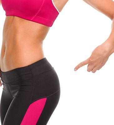 8 cvikov pre krásne boky, ktoré môžeš cvičiť aj doma!