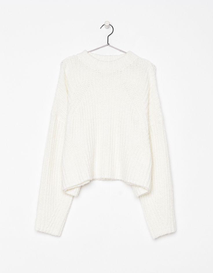 Jersey de punto Cropped. Descubre ésta y muchas otras prendas en Bershka con nuevos productos cada semana