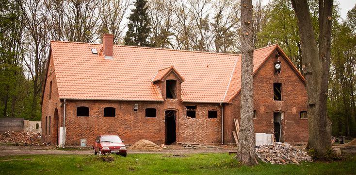 Łobez – stadnina koni – Stara Kuźnia   Hermanstudio