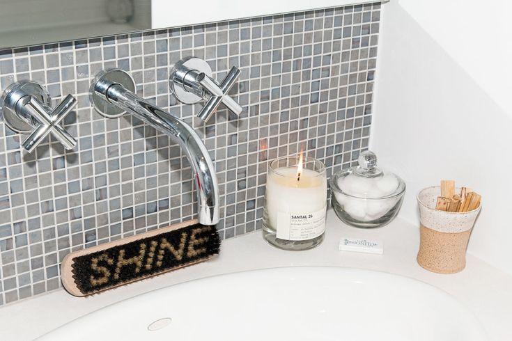 Chic Bathroom Ideas From Karlie Kloss, Liv Tyler,   Into The Gloss