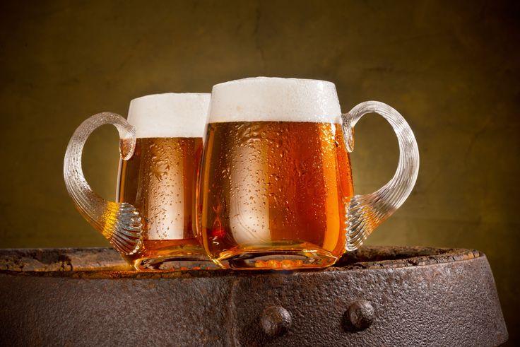 Η μπίρα είναι από τα πιο δημοφιλή ποτά στη χώρα μας. Το ξέρατε όμως ότι έχει κι άλλες χρήσεις που μπορεί να σας λύσουν τα χέρια;