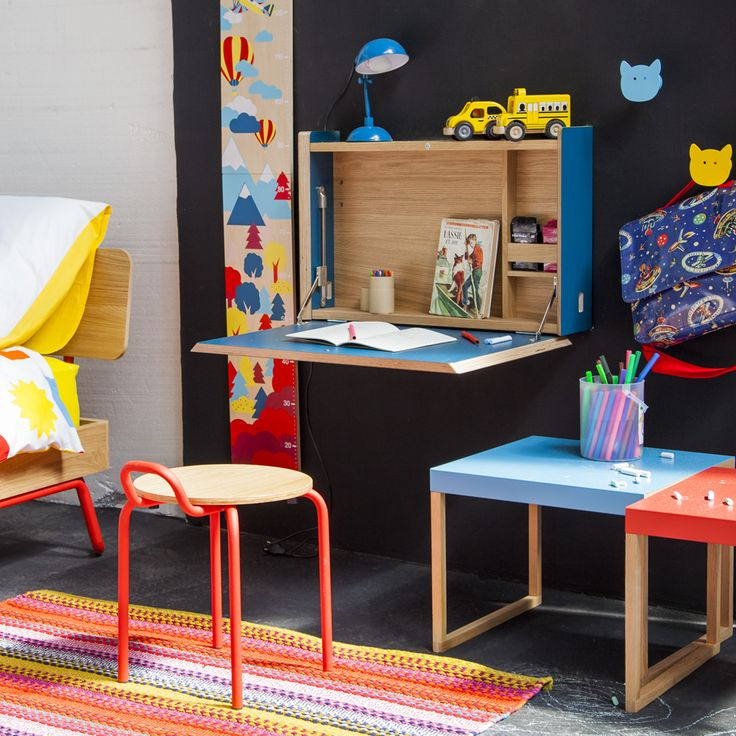 mon premier bureau ellis secr taire mural bleu hester petit tabouret pour enfant el mundo. Black Bedroom Furniture Sets. Home Design Ideas
