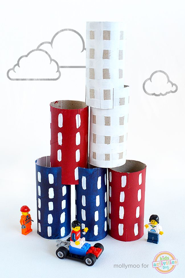 Toilet roll city stacking craft toy to inspire play // mollymoocrafts.com
