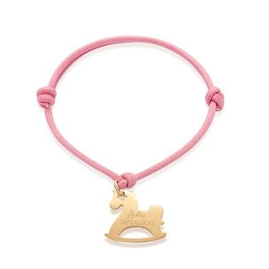A rocking horse on your hand? Choose the Lilou Bracelet! You can also engrave this pendant with your kid's name #lilou #bracelet #rockinghorse #kid #engrave #pendant