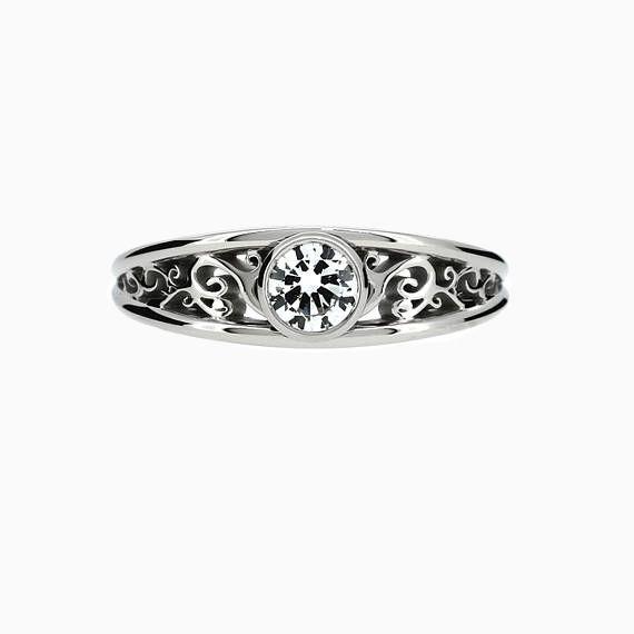 Filigree Celeste Ring with 0.50ct GIA-Diamond