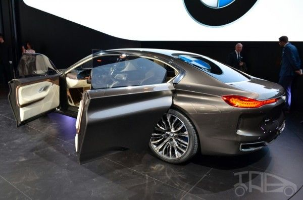 2014 BMW Vision Future Luxury Rear Exterior 600x396 2014 BMW Vision Future Luxury Review With Images
