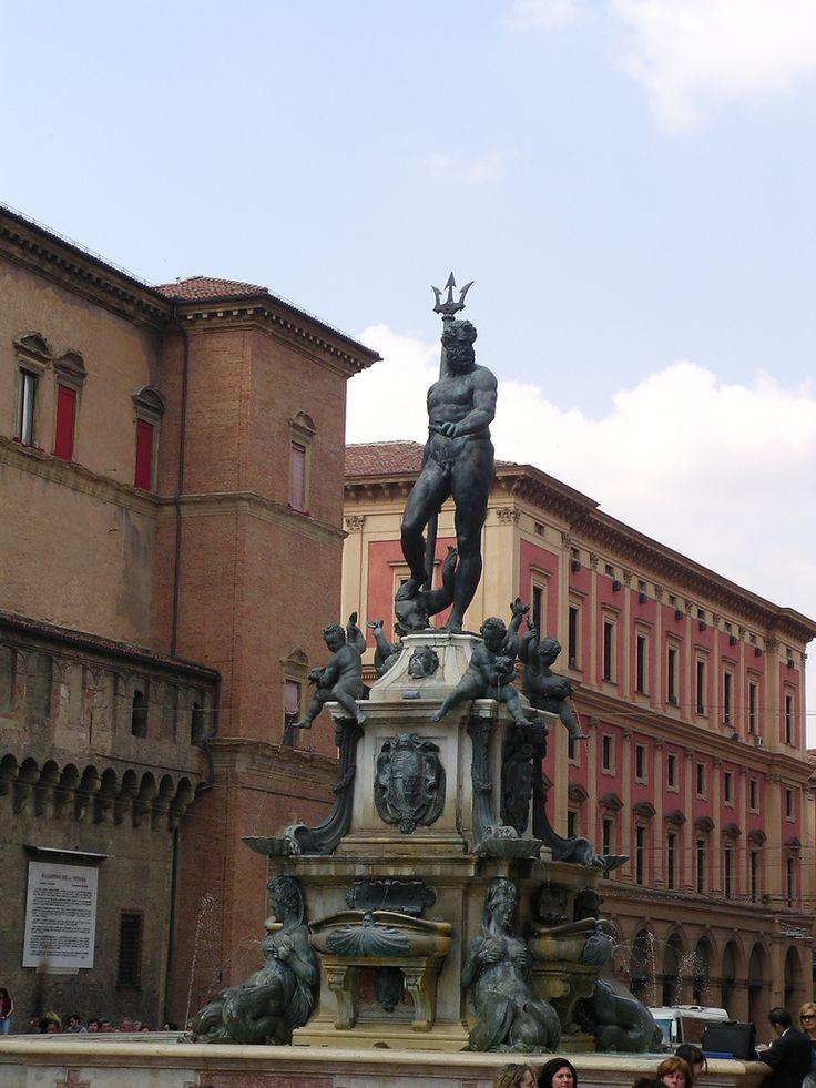 Bologna piazza Nettuno