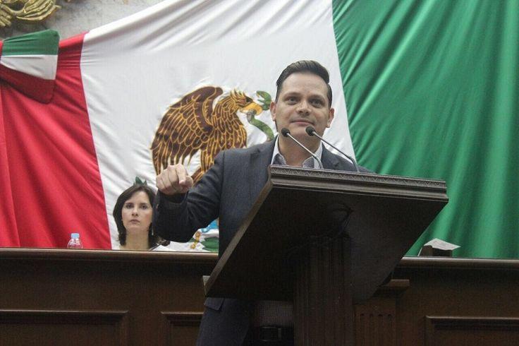 El diputado del PAN, Héctor Gómez, indicó que el Sistema Estatal Anticorrupción de Michoacán es un importante avance para la transparencia en el estado, sin embargo dejó en claro que ...