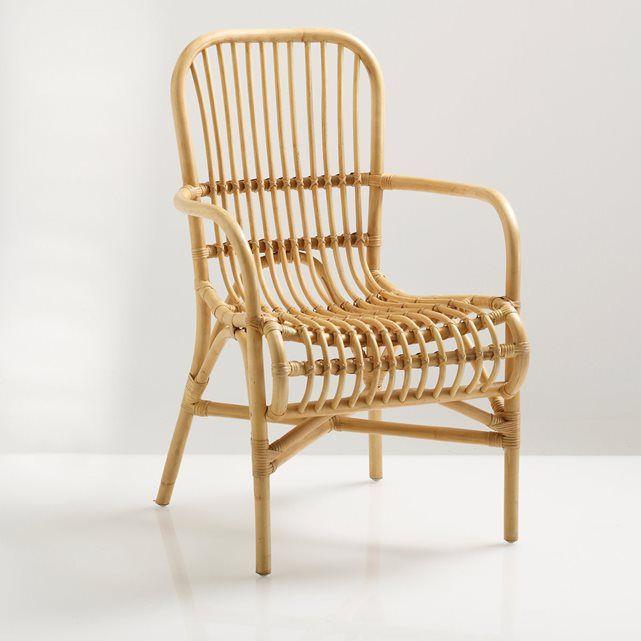 Zetel Malu. Prachtig en origineel, met een exotische touch, deze zetel in rotan heeft een ergonomische zitting en is heel comfortabel. Licht, stevig en met de hand gevlochten, heel mooi uitgevoerd in een hedendaagse matte zwarte kleur. Caractéristiques du fauteuil Malu :Structuur in rotan.Met de hand gevlochten rotan. Afgewerkt met nitrocellulose in matte zwarte kleur. Ontdek de volledige Malu collectie op laredoute. .Dimensions du fauteuil rotin Malu : Totaal:Lengte: 57 cmHauteur : 90…