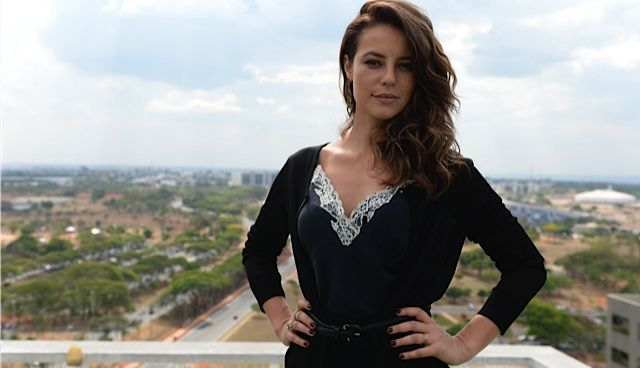 Notícias da TV | Após mocinhas, Paolla Oliveira fica nua para viver prostituta lésbica