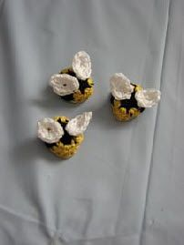 Bumble Bee Appliques  Free Crochet Pattern
