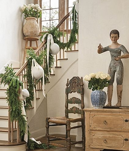 oh my, love the large balls on the stairs......Pam Pierce Christmas: