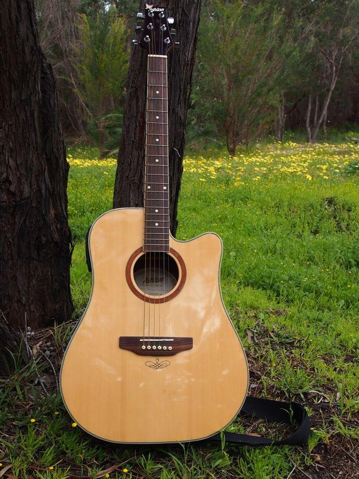 My Guitar. By Erin Sheena Byrne. 13/09/2013