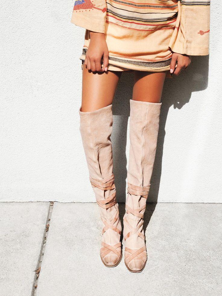Venta caliente sobre la rodilla botas planas de gamuza color beige largo botas de mujer 2016 Otoño Punta Redonda Botas Planas Botas de Montar botas