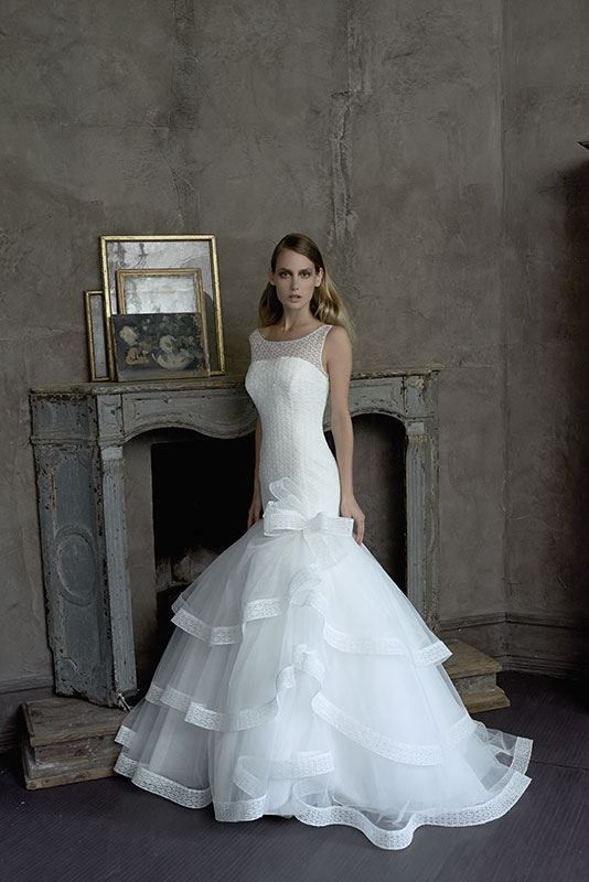 elisabetta polignano wedding gown