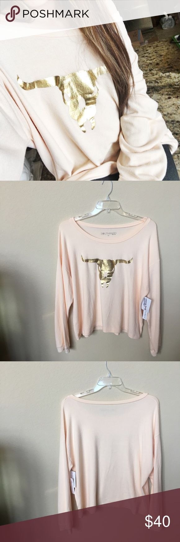 Gold Longhorn Blush Pink Sweater Gold foil longhorn graphic on a pretty blush pink sweater. Oversized fit. Super comfy to lounge around in or to wear for a casual look. Brand new with tags. Purchased from a boutique. Listed as show me your mumu for exposure. Show Me Your MuMu Sweaters Crew & Scoop Necks