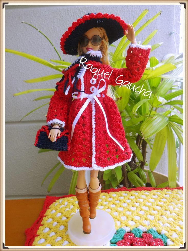 #Cléa5 #Barbie #Muñeca #Doll #Crochet #Casaco #Vestido #Chapéu #Sombrero Purse #Bolsa #Hat #Dress # #Cachecol #Manta #Chalina RaquelGaucha