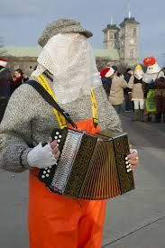 playing the squeeze box