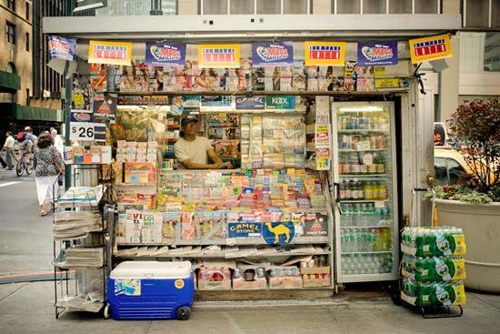 Rachel Barrett - NYC Newsstand Project