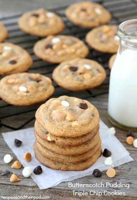 Butterscotch Pudding Triple Chip Cookies-Soft cookies made with butterscotch pudding, chocolate chips, white chocolate chips, and butterscotch chips - Click image to find more Food & Drink Pinterest pins